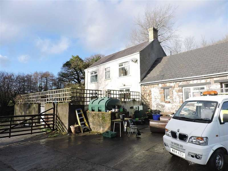 3 Bedrooms Property for sale in Caerbryn, Ammanford