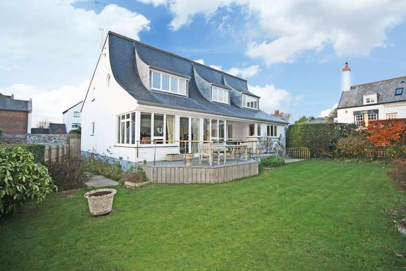4 Bedrooms Detached House for sale in Topsham