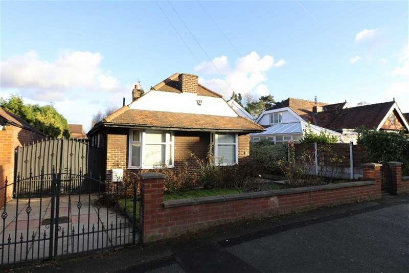 3 Bedrooms Detached Bungalow for sale in St Werburghs Road, Chorlton, Manchester, M21