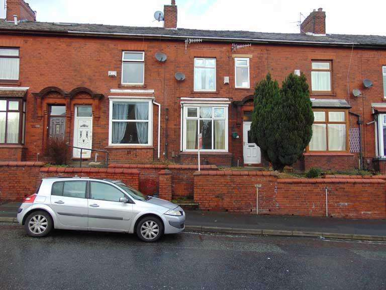 3 Bedrooms Terraced House for sale in 315 Greenacres Road, Greenacres, Oldham