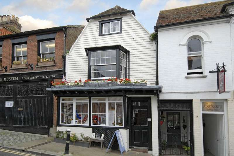 3 Bedrooms Cottage House for sale in East Street, Rye, East Sussex TN31 7JY