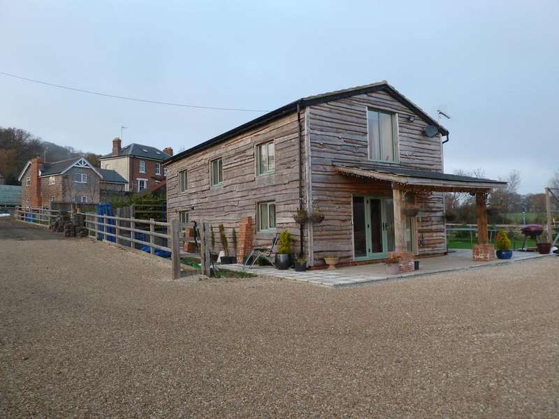 3 Bedrooms Detached House for sale in Churchdown Lane, Churchdown, Gloucester, GL3