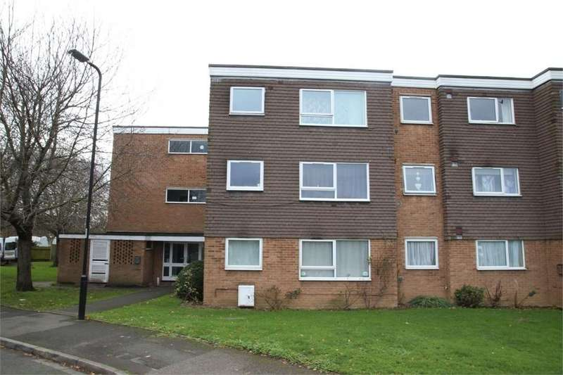1 Bedroom Flat for sale in Tithe Court, Langley, Berkshire