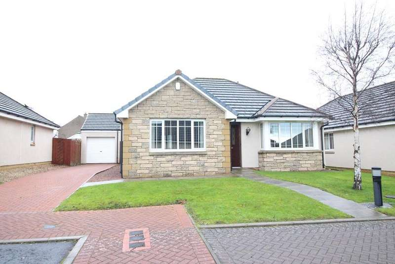 3 Bedrooms Detached Bungalow for sale in Mauchline Grove, KIRKCALDY, Fife, KY2
