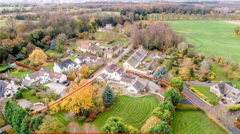5 Bedrooms Detached House for sale in Rosedene, Poole Lane, Burton Salmon, West Yorkshire, LS25