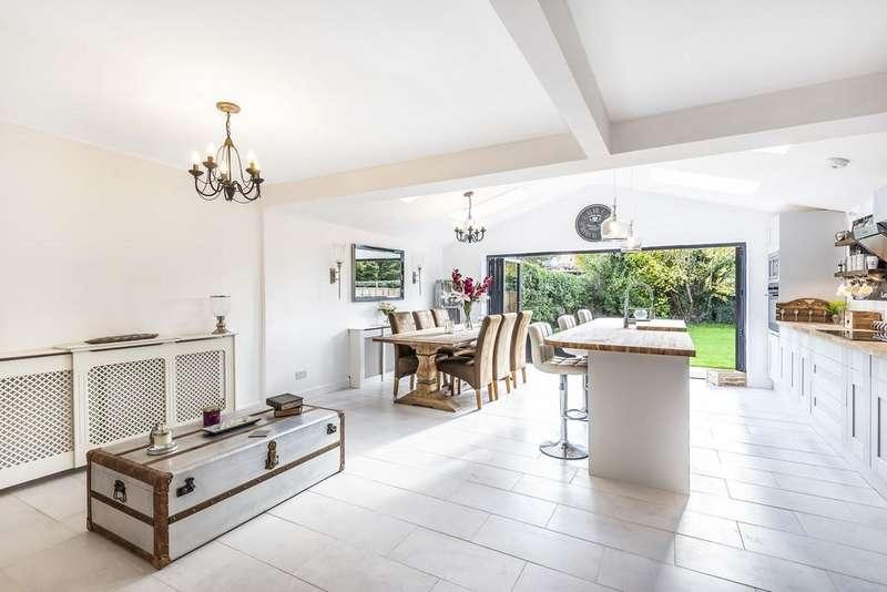 3 Bedrooms Detached House for sale in Grange Road, Ash