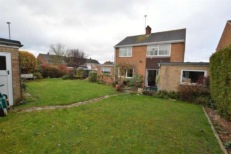 3 Bedrooms Detached House for sale in Penzance Avenue, Wigston, LE18 2HW