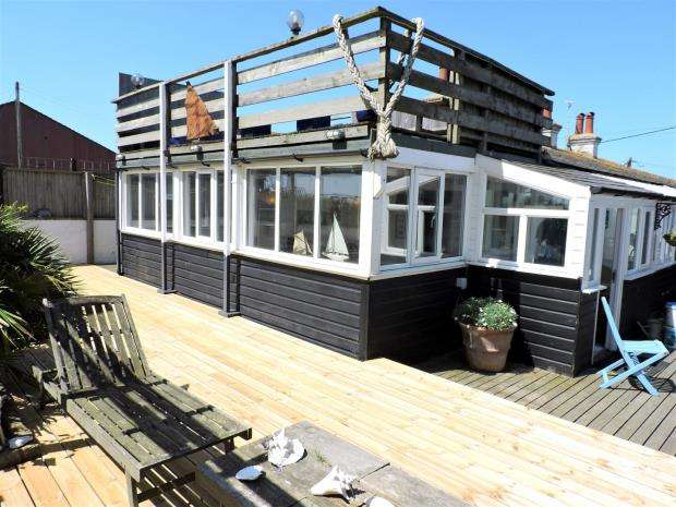 2 Bedrooms House for sale in Normans Bay, Pevensey