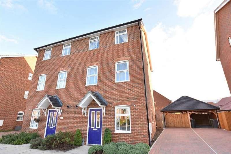 4 Bedrooms Semi Detached House for sale in Weldon Road, Ebbsfleet Valley, Swanscombe