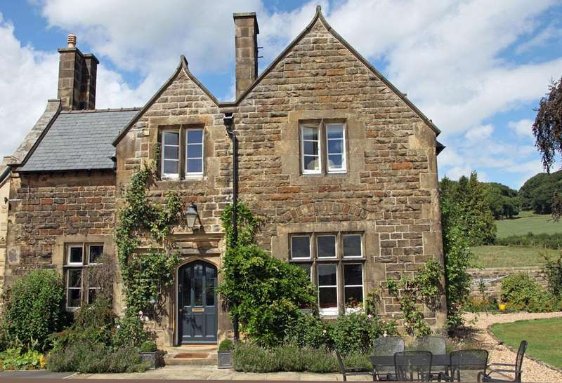 5 Bedrooms House for sale in The Vicarage, Rowsley, Matlock, Derbyshire DE4