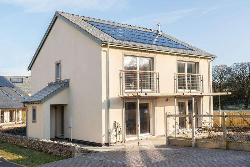 4 Bedrooms Detached House for sale in 15 Stoneworks Garth, Crosby Ravensworth