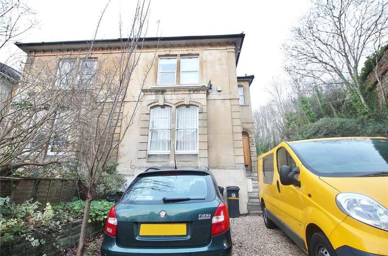 2 Bedrooms Apartment Flat for sale in Kingsley Road, Cotham, Bristol, Somerset, BS6
