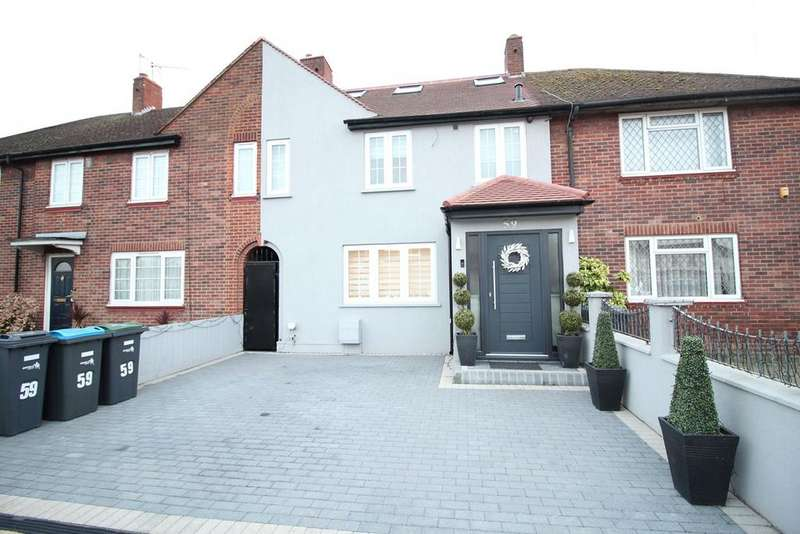 3 Bedrooms Town House for sale in Weir Hall Avenue, London, N18