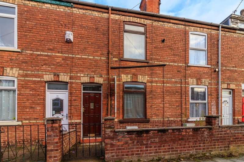3 Bedrooms Terraced House for sale in Gordon Street, Gainsborough, Lincolnshire, DN21