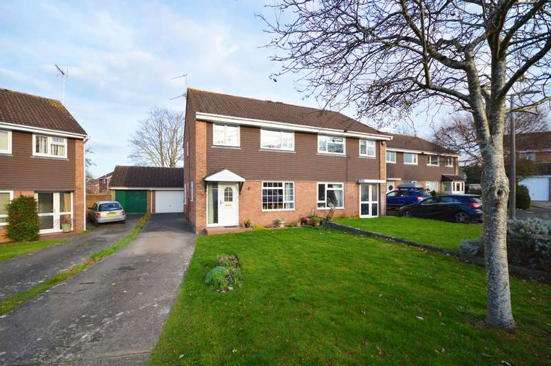 4 Bedrooms Semi Detached House for sale in Drake Close, Saltford, BS31