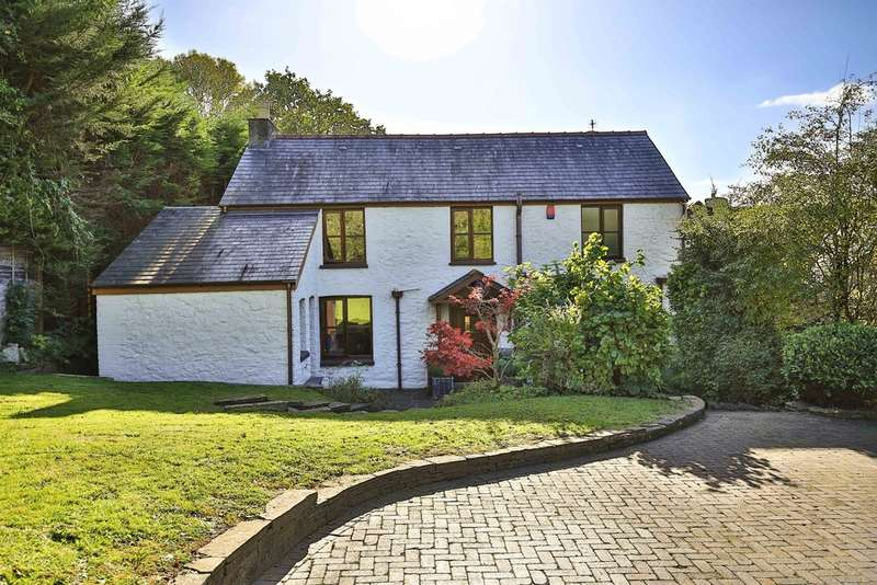 4 Bedrooms Farm House Character Property for sale in Castle Road, Tongwynlais, Cardiff