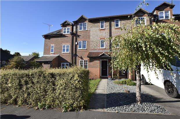 3 Bedrooms Terraced House for sale in St. George's Avenue, St. George, BS5 8DD