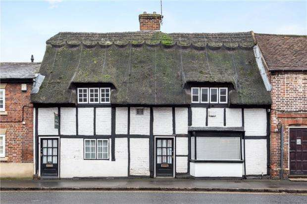 2 Bedrooms Terraced House for sale in Bell Street, Princes Risborough, Buckinghamshire