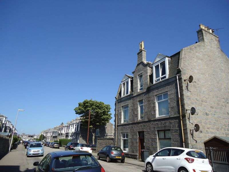 1 Bedroom Property for sale in Elmfield Avenue, Aberdeen