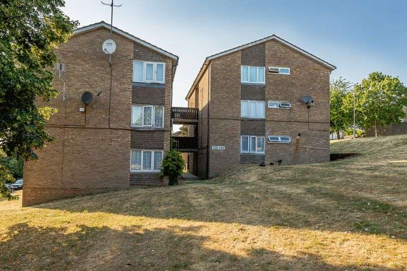 1 Bedroom Property for sale in The Pastures, High Wycombe