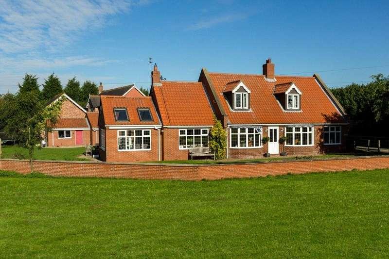 4 Bedrooms Detached House for sale in Chapel Green, Appleton Roebuck, YO23