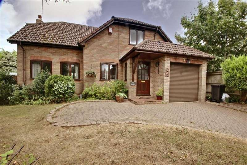 4 Bedrooms Detached House for sale in Bovingdon