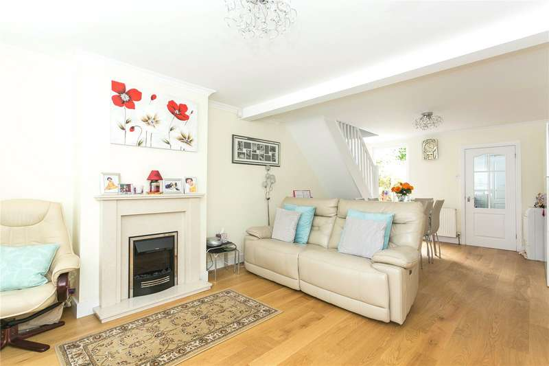 2 Bedrooms End Of Terrace House for sale in Liverpool Road, Watford, Hertfordshire, WD18