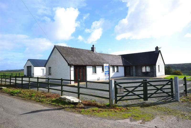 4 Bedrooms Detached Bungalow for sale in Llwyndrain