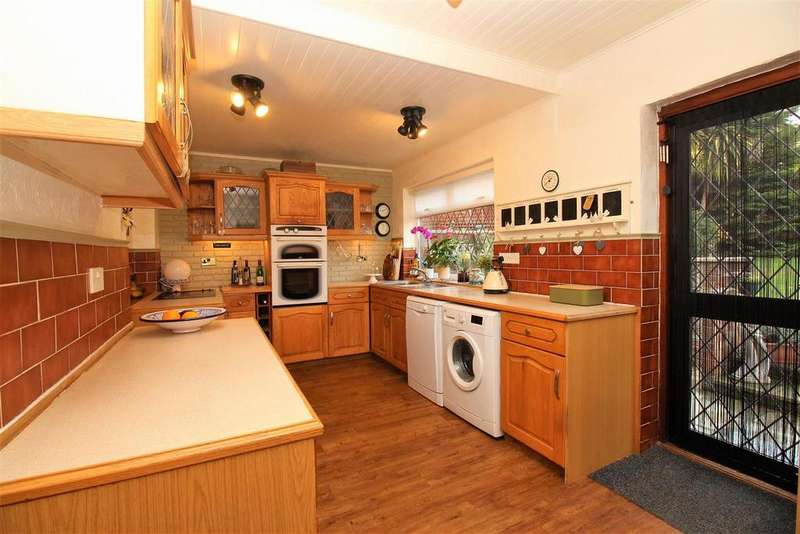 4 Bedrooms Semi Detached House for sale in Midfield Avenue, Bexleyheath