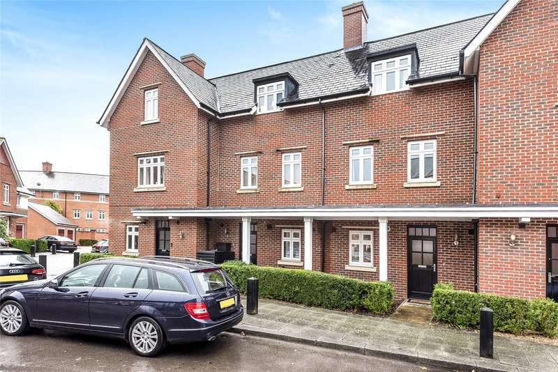 4 Bedrooms Town House for sale in Gabriels Square, Lower Earley, Reading, Berkshire, RG6