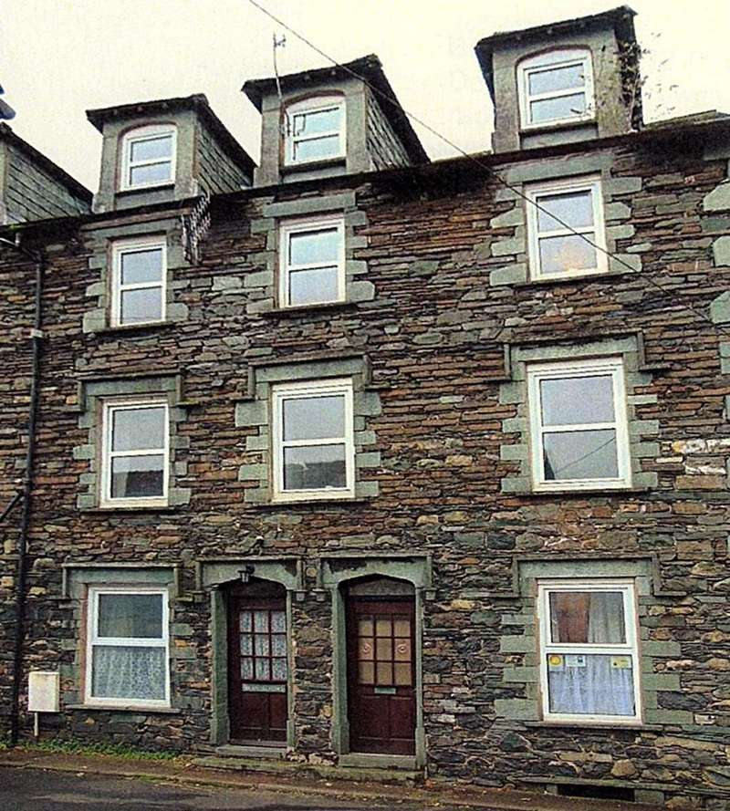 5 Bedrooms Apartment Flat for sale in Derwent House, Portinscale, Keswick, Cumbria, CA12 5RD