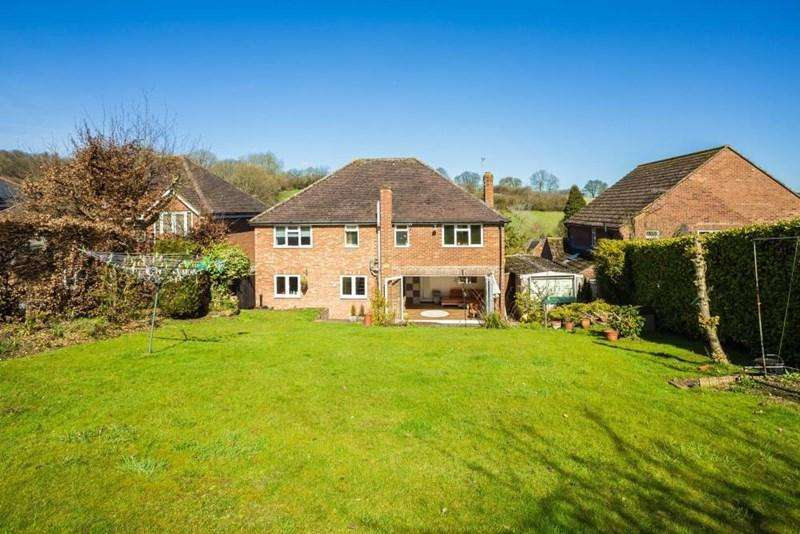 5 Bedrooms Detached House for sale in Nags Head Lane, Great Missenden