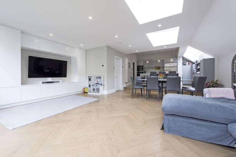 5 Bedrooms Terraced House for sale in Wakehurst Road, London, SW11