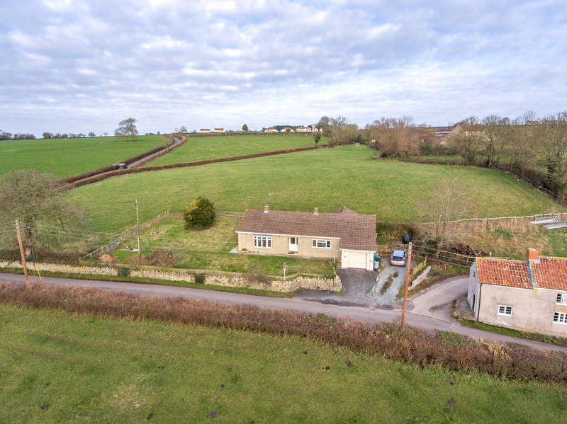 3 Bedrooms Detached Bungalow for sale in Mudgley, Nr Wedmore