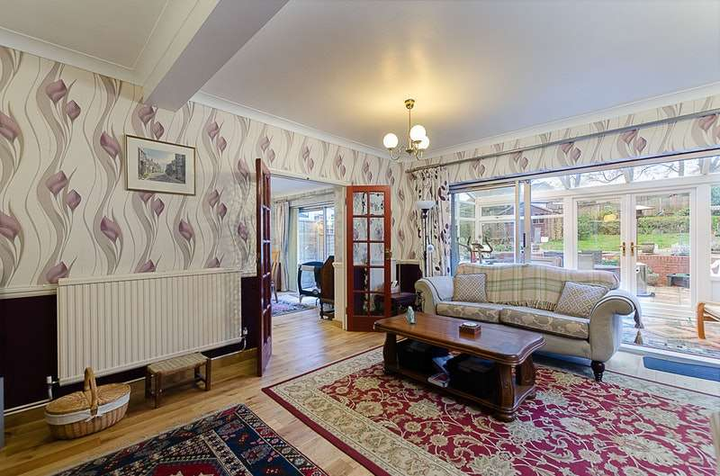 6 Bedrooms Detached House for sale in Sanderstead Court Avenue, South Croydon, London, CR2