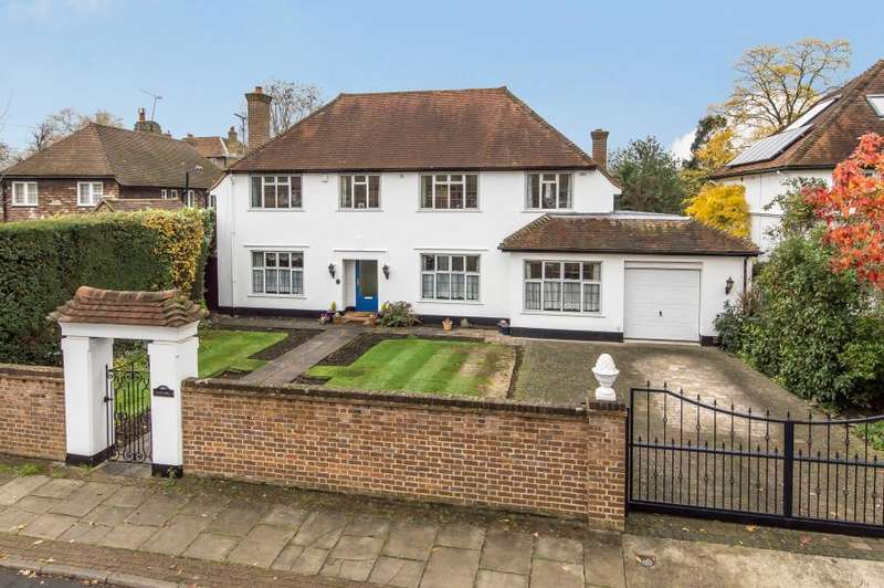 5 Bedrooms Detached House for sale in Sudbrook Gardens, TW10