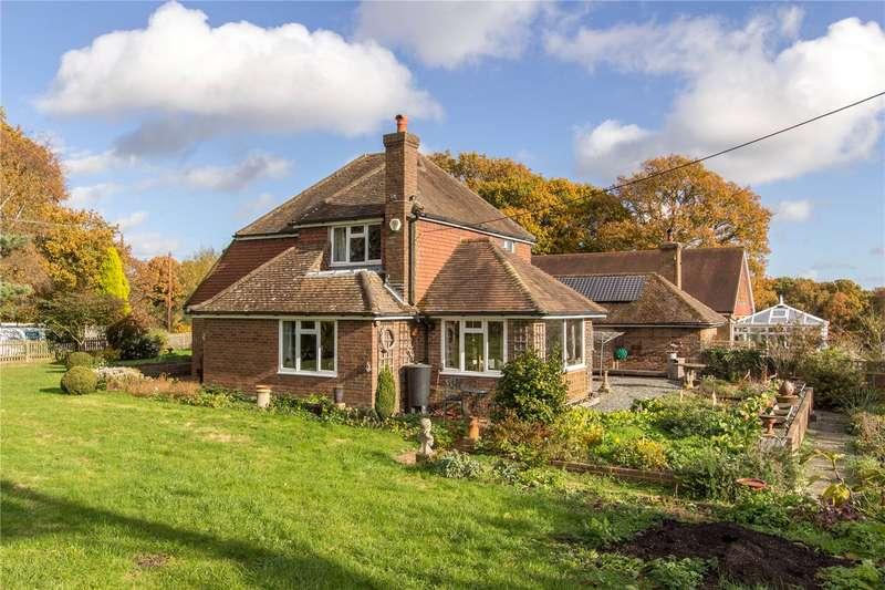 3 Bedrooms Detached House for sale in Earlsdown, Dallington