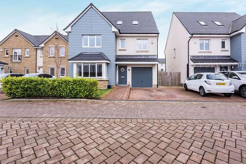 5 Bedrooms Detached House for sale in Badger Walk, East Calder, Livingston, EH53