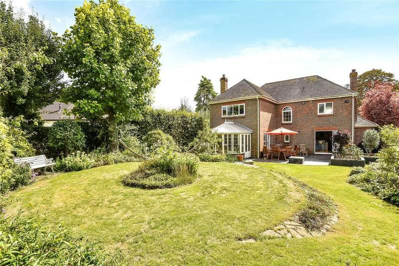 5 Bedrooms Detached House for sale in Jacklyns Lane, Alresford, Hampshire, SO24