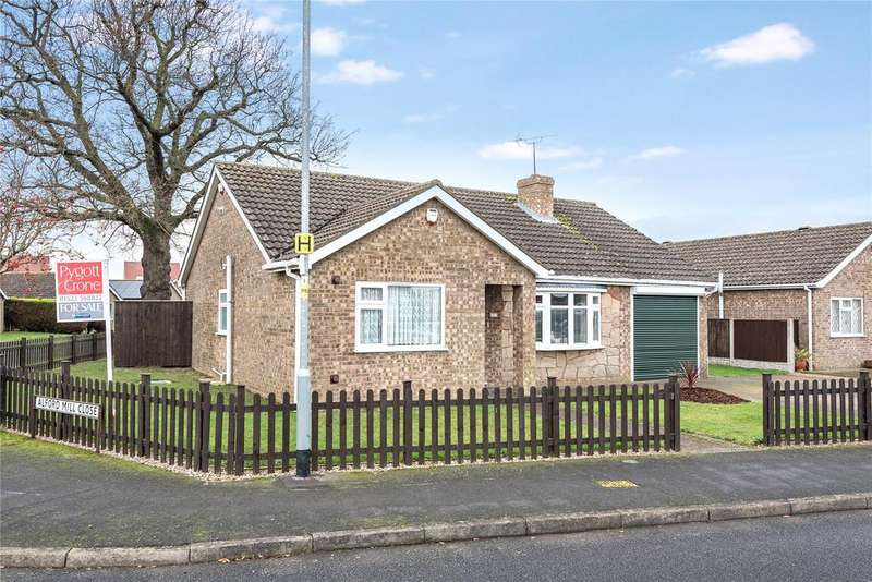 3 Bedrooms Detached Bungalow for sale in Alford Mill Close, North Hykeham, LN6