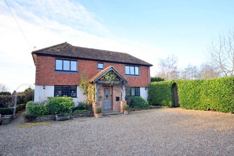 4 Bedrooms Semi Detached House for sale in Hurtmore