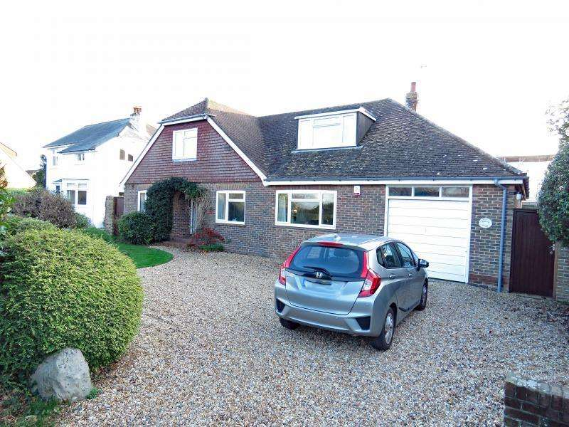 4 Bedrooms Chalet House for sale in Marine Walk, Hayling Island