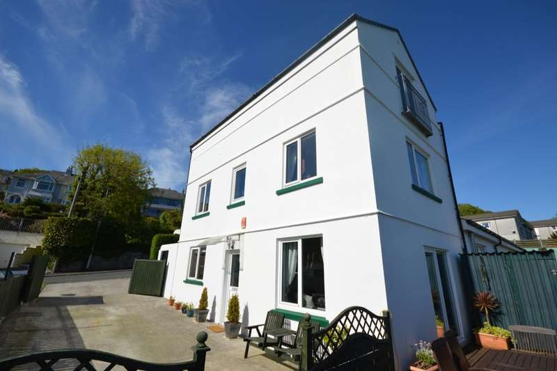 4 Bedrooms Semi Detached House for sale in Plymridge Lodge Dunclair Park, Plymouth, PL3