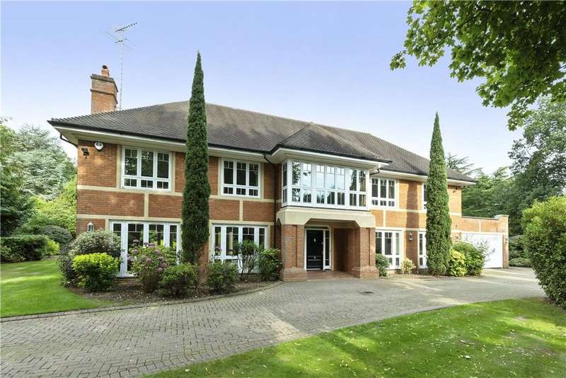 5 Bedrooms Detached House for sale in Broadwater Road South, Burwood Park, Walton-on-Thames, Surrey, KT12