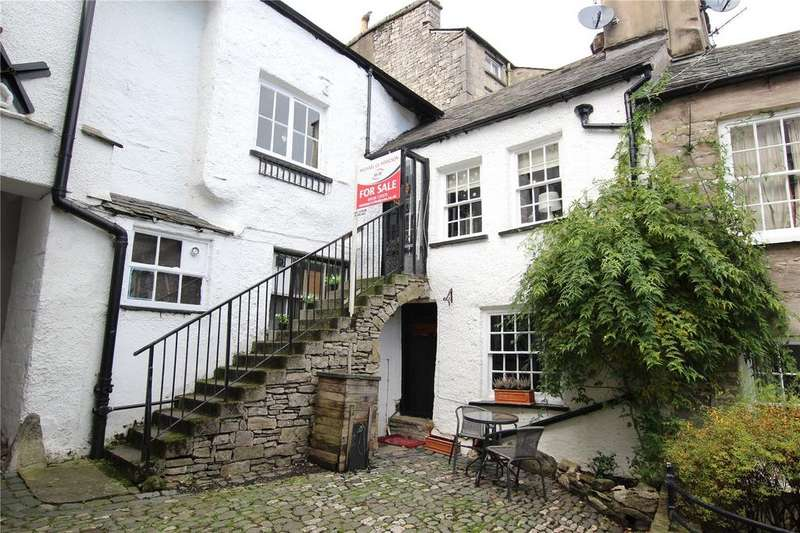 4 Bedrooms Terraced House for sale in 2 Dr Manning's Yard, 83 Highgate, Kendal, Cumbria
