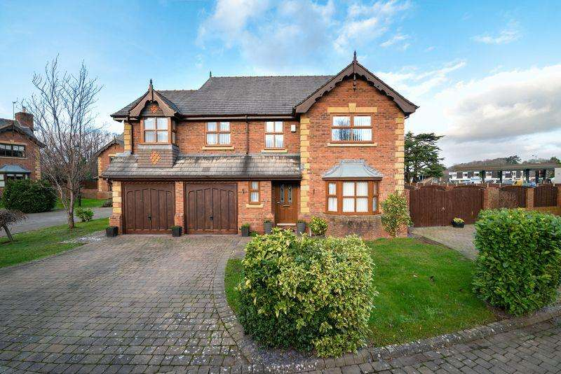4 Bedrooms Detached House for sale in Erw Lan, St. Asaph