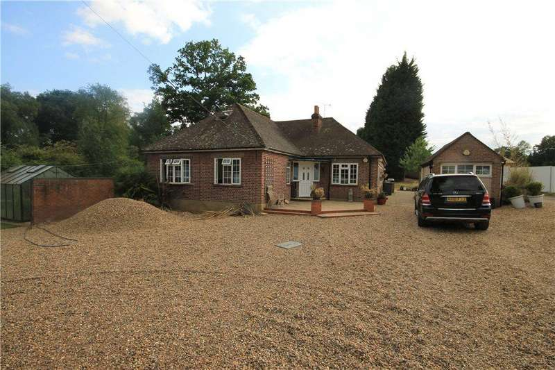 6 Bedrooms Detached House for sale in Hardwick Lane, Lyne, Chertsey, Surrey, KT16