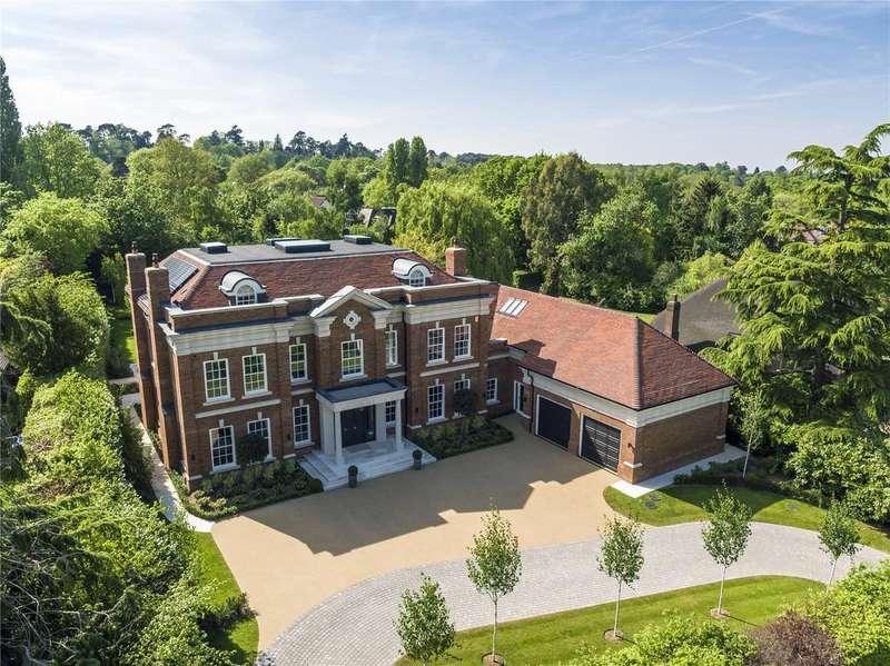 6 Bedrooms Detached House for sale in Furze Field, Oxshott, Surrey, KT22