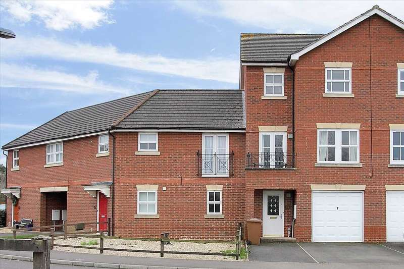 4 Bedrooms Terraced House for sale in Topaz Drive, Andover