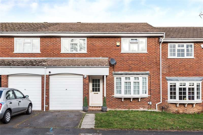 3 Bedrooms Terraced House for sale in Whitegates Close, Croxley Green, Rickmansworth, Hertfordshire, WD3